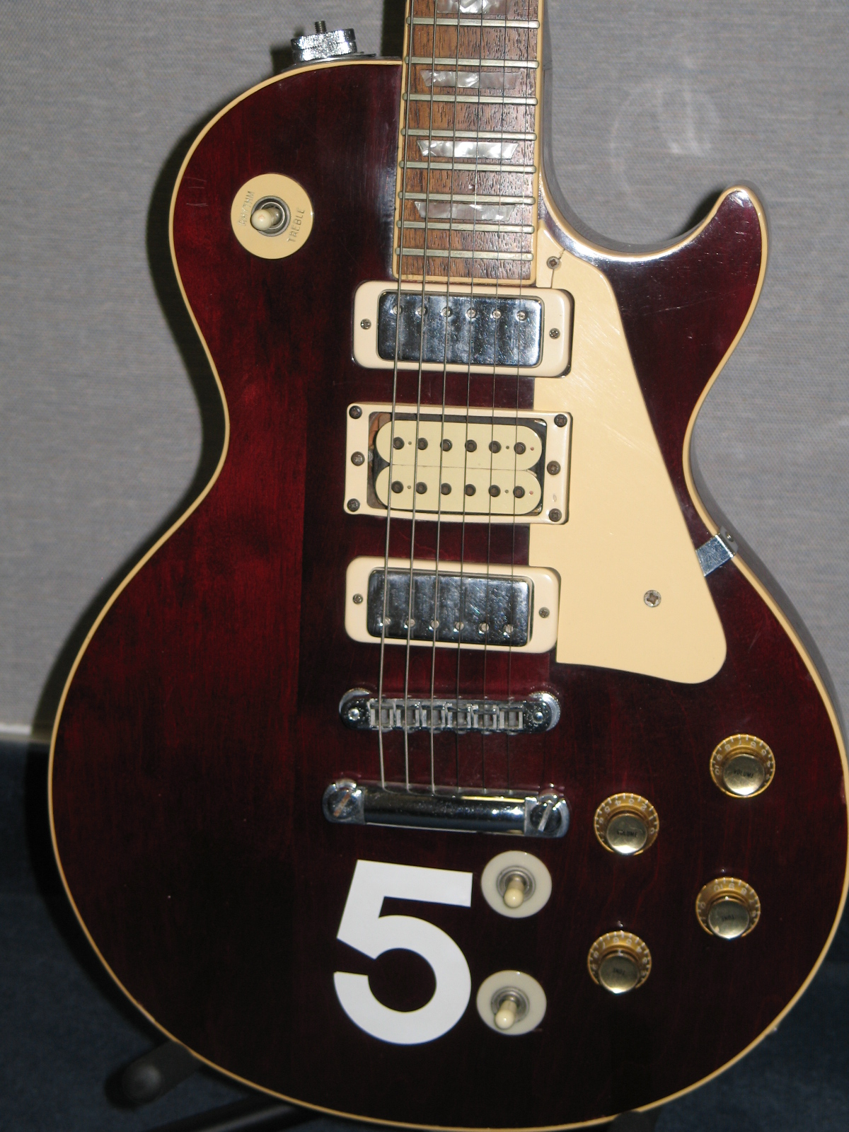 gibson sg serial number year